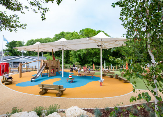 Whitecliff Bay Holiday Park : Away Resorts