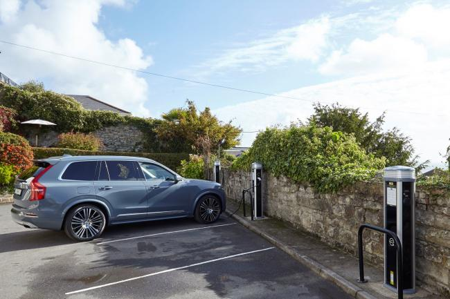 Six electric car charging points pave the way for a Green Future at The Royal Hotel