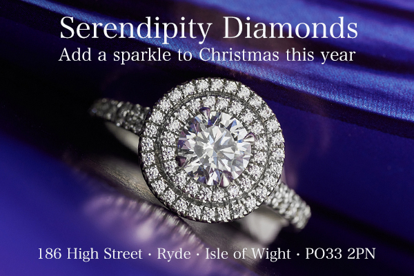 Find the perfect piece of jewellery for Christmas at Serendipity Diamonds